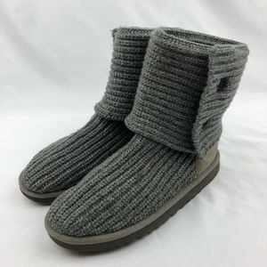 UGG Shoes - UGG Classic Cardy Winter Boot